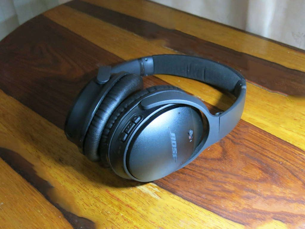 Bose noise cancelling headphones together with earplugs are great noise blockers