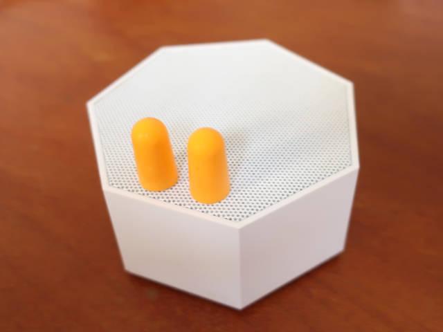 earplugs-white-noise-against-traffic